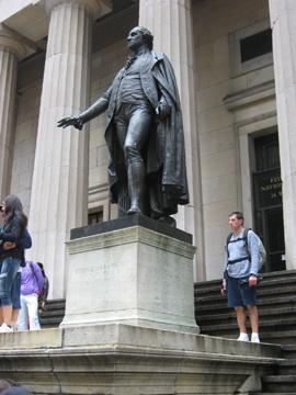 washington statue at federal hall_aug 2009